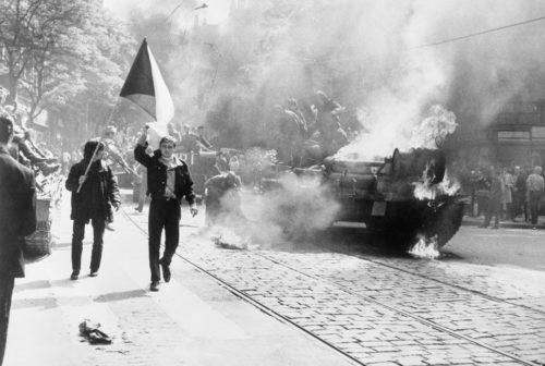 primaver-di-praga-invasione-sovietica-cecoslovacchia