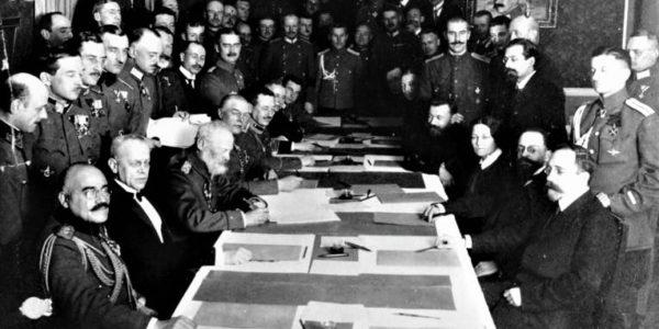Trattato di Brest-Litovsk,3 marzo 1918: la Russia esce dalla Grande guerra