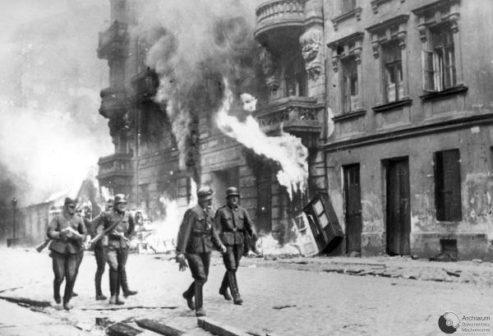 Rivolta-del-ghetto-di-Varsavia