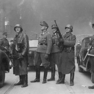 rivolta-del-ghetto-di-varsavia-stroop