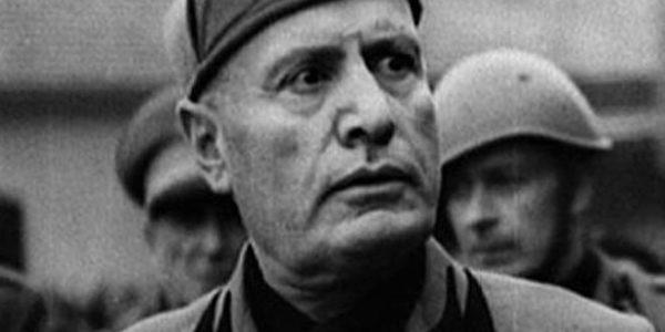 """La morte di Benito Mussolini e la """"macelleria messicana"""" di Piazzale Loreto"""