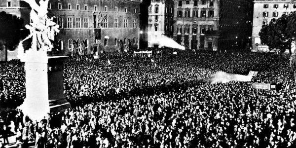 Benito Mussolini proclama a Roma la rinascita dell'Impero – 9 maggio 1936