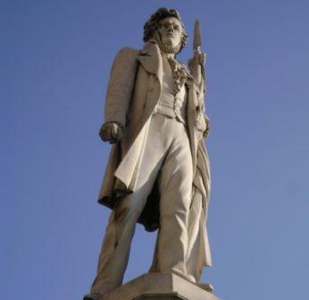 ciro menotti monumento