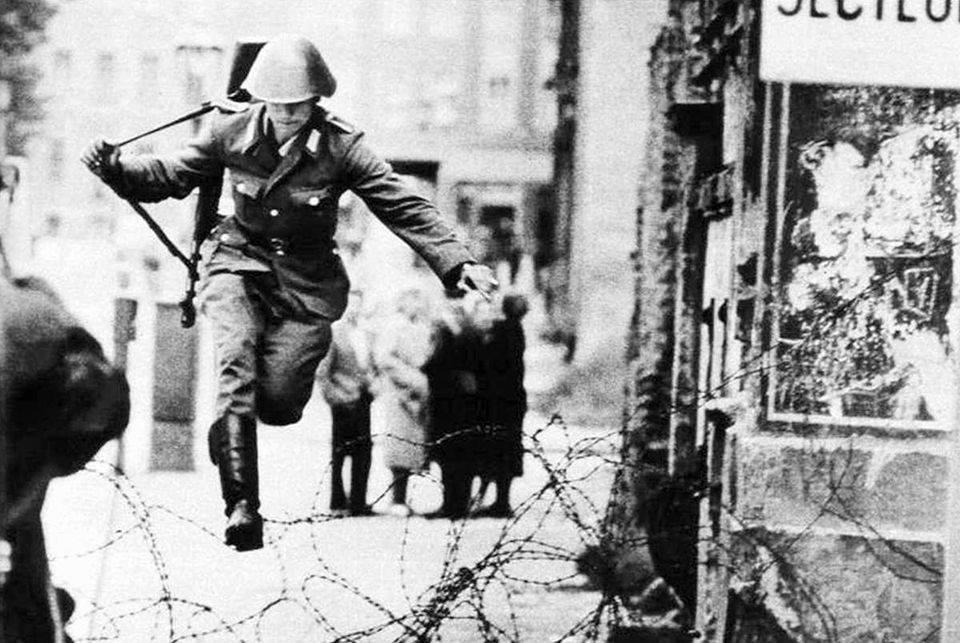 Hans Conrad Schumann, il soldato che salta il Muro