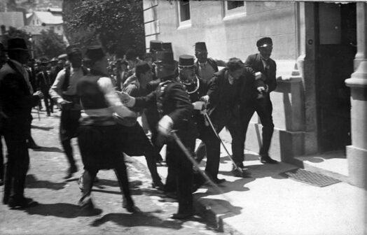 Gavrilo Princip viene fermato dalla polizia